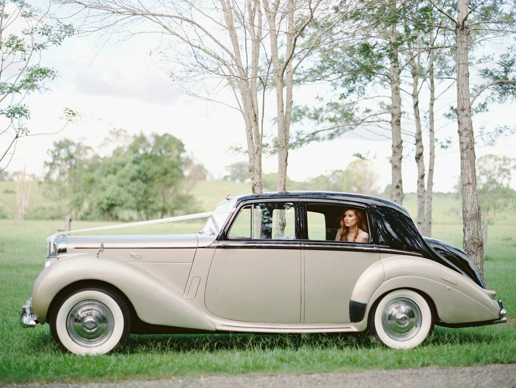 Classic Wedding Car Hire Photos and Video